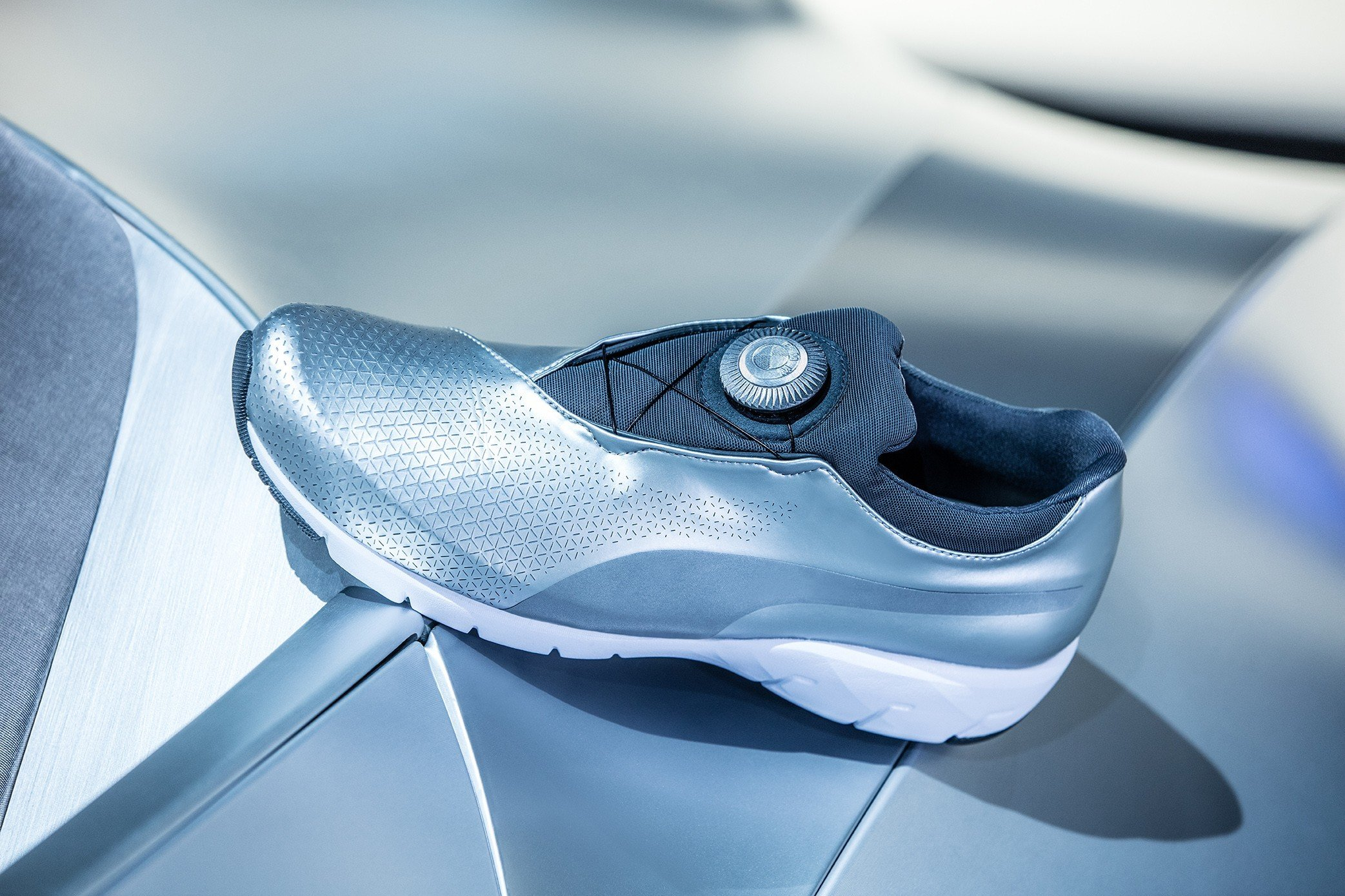 f296308f BMW и Puma выпустили кроссовки - Колеса.ру