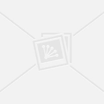 ab8155a938565 Зои Дешанель и Натали Дормер стали героинями кампании Crocs